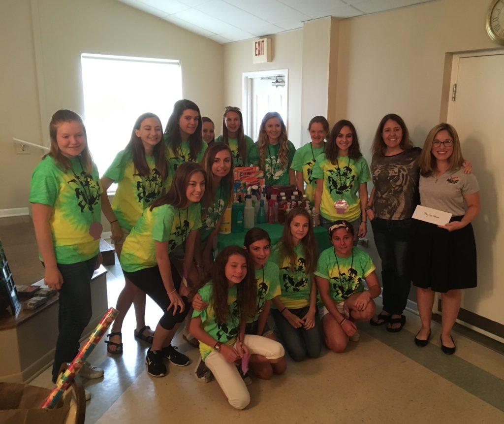 Juniorettes with Big Cat Rescue at the 2017 Juniorette Annual State Meeting